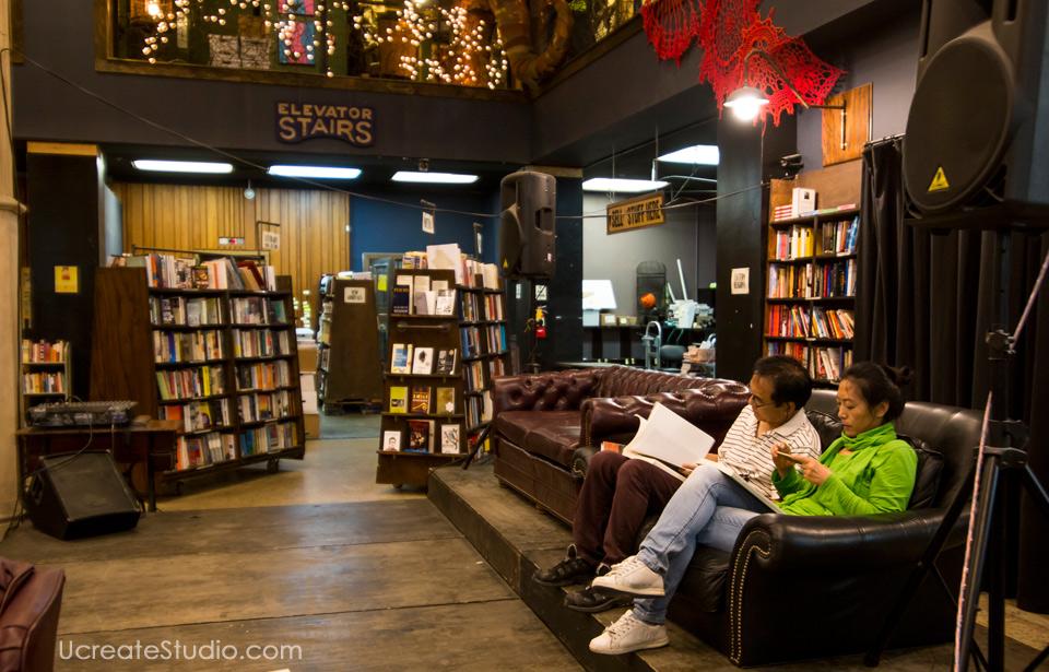 The-last-book-store_reading-book_u-create-studio-photography